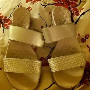 Sz 9m sandals by Malu super comfort soles
